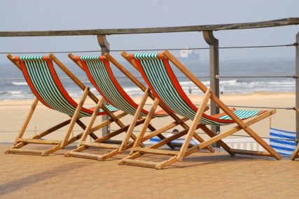 Relax_at_the_beach